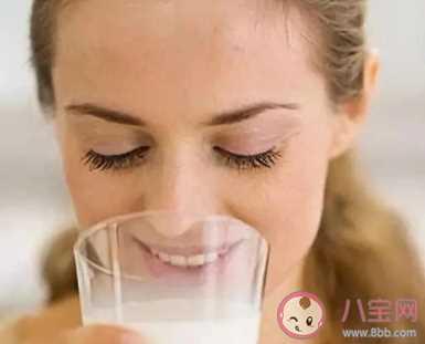 孕早期除了喝叶酸还要喝奶粉吗 孕早期营养建议