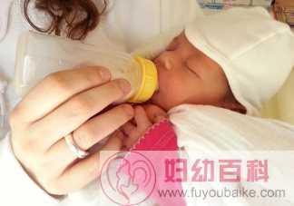 宝宝呛奶最佳抢救时间是什么时候 宝宝发生呛奶要怎么做