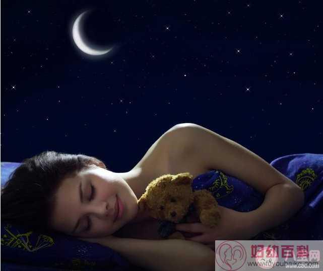 裸睡能提高性欲吗 裸睡健康小技巧
