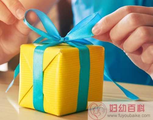 2020七夕收到女朋友的礼物心情说说 七夕收到老婆礼物惊喜的句子朋友圈