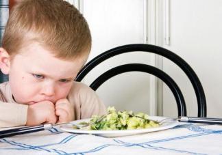 春节宝宝积食预防重点 小儿推拿预防宝宝积食