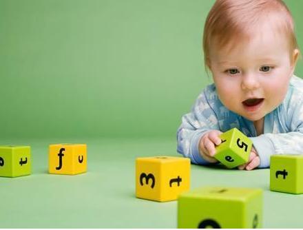 孩子语言敏感期有哪些行为表现 孩子语言敏感期怎么教育