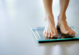 孕妇产后体重暴增是怎么回事呢  产后如何快速减肥