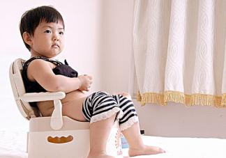 孩子喜欢憋尿怎么办 宝宝在幼儿园总是憋尿怎么办