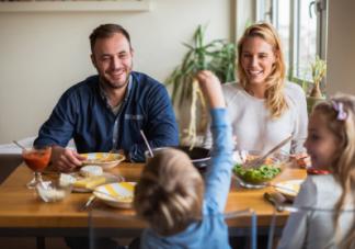 孩子不好好吃饭怎么办  聪明的父母这几招让孩子乖乖吃饭