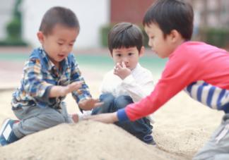 孩子经常在学校被欺负是怎么回事 很有可能和做家长的教育有关系