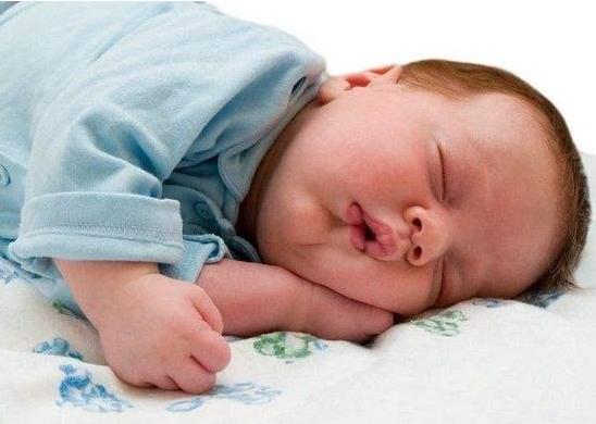 宝宝滥用抗生素有什么危害 宝宝使用抗生素注意事项